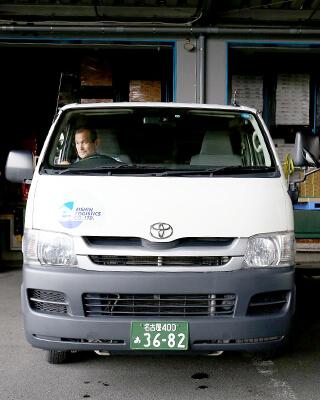 ドライバー(ハイエースで菓子類を配送) 2004年入社 Hさん