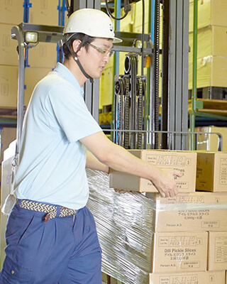 倉庫作業員 2005年入社 Sさん